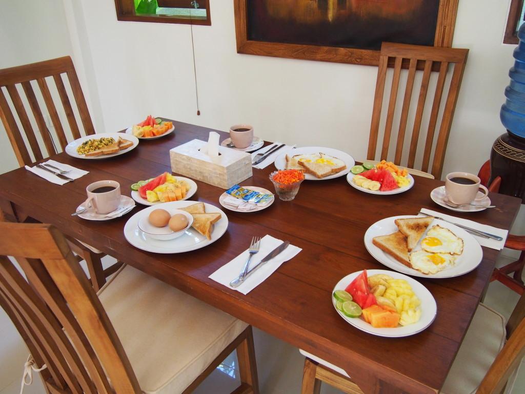 Seriously amazing breakfast!!