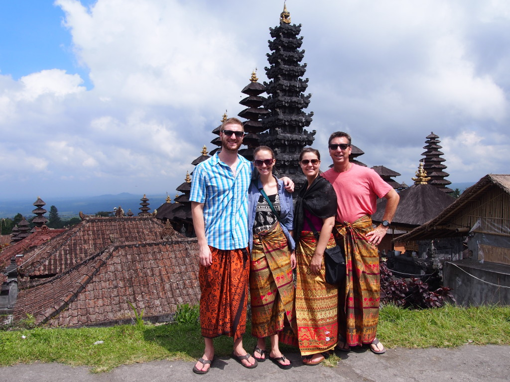 Looking good in our sarongs!